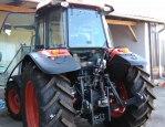 Prodej traktoru Kubota M9960 s ?elním naklada?em TracLift 240 1